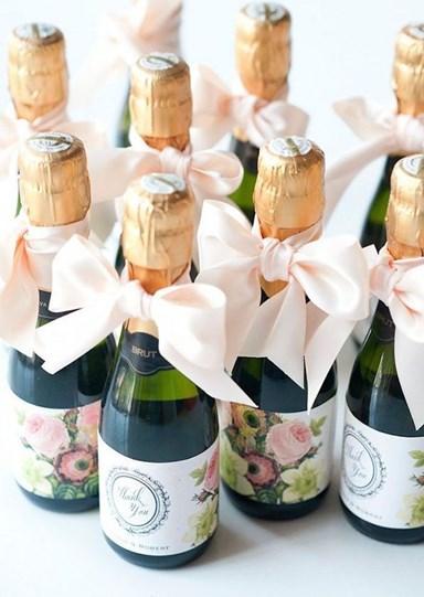 Недорогие подарки гостям на свадьбе 13