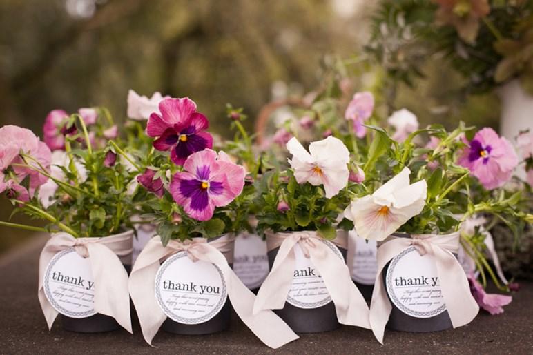 Подарки гостям на свадьбе весной 1