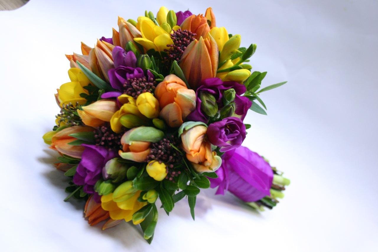 Букет красивых тюльпанов фото